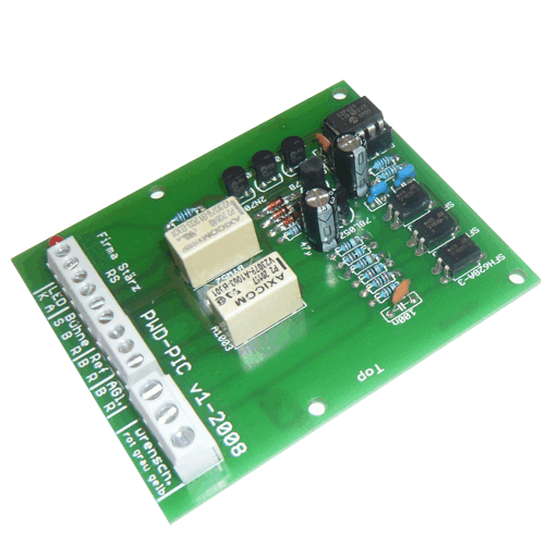 The Polarity Guard for Turning Platforms is a module to provide the proper polariy to a turing platform of a model railway layout for manually controlling it.